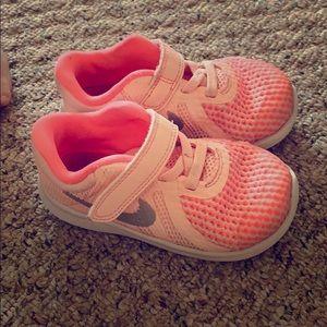 Nike shoes toddler 7